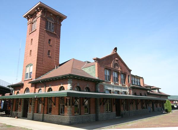 nysLandmarks.com - Lackawanna Railroad Station